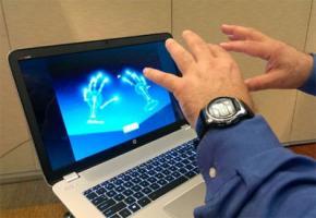 Google розробляє технологію управління авто за допомогою жестів