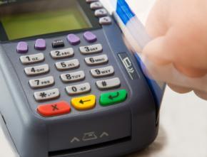 В Украине магазины будут штрафовать за отсутствие банковских терминалов