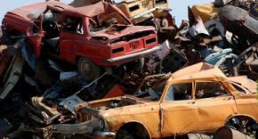 Кабмин одобрил введение экологического налога на старые авто