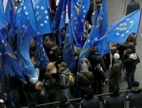 До Києва планують звезти проплачених