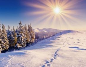 Гідрометцентр пообіцяв українцям теплу зиму і сильні снігопади