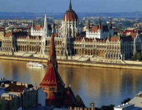 Угорщина розсекречує радянські архіви з іменами шпигунів та інформаторів спецслужб