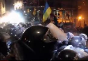Сегодня ночью состоялась вторая попытка разогнать Майдан