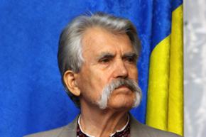 Група авторитетных украинцев требует организовать референдум о досрочных выборах президента Украины