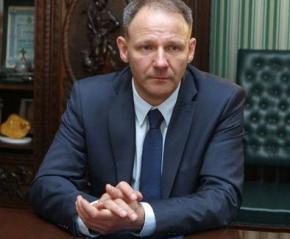В Евросоюзе пригрозили прекратить официальные отношения с Украиной