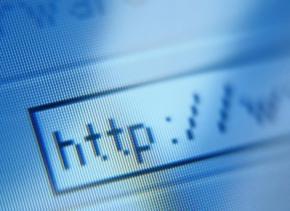 По мнению ученых, зависимость к интернету сродни наркотической