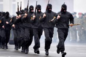 В Беларуси силовикам разрешат безнаказанно стрелять по людям