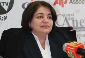 Дерусифікацію прізвищ оголосили національним обов'язком таджиків