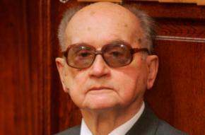 90-річний екс-президент Польщі Войцех Ярузельський зрадив своїй дружині з доглядальницею