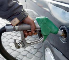 Бензин в Україні продовжує дорожчати