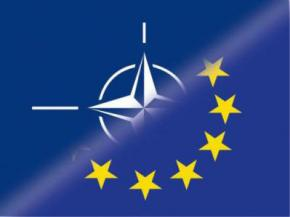 Українці висловилися за вступ до ЄС і НАТО на інтернет-референдумі