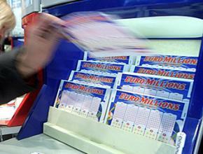 Житель Великобританії виграв у лотерею майже 108 мільйонів фунтів