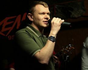 Сашко Положинський презентував свій новий музичний проект