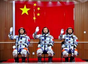 Китайские космонавты будут питаться червями