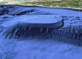 На знімках Google Earth побачили підводну базу інопланетян
