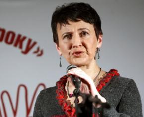 Оксана Забужко: На фоні війни розмови про переговори є підлим фарисейством на крові