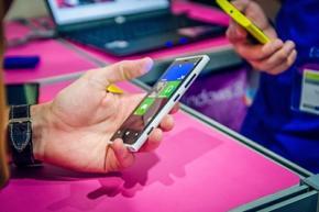 В 2018 году смартфоны станут в шесть раз популярнее персональных компьютеров