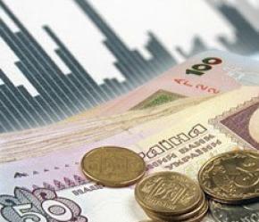 В Україні швидко ростуть ціни. Зарплата й пенсії в очікуванні