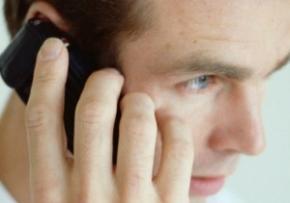 Мобільні телефони шкодять плодовитості чоловіків, - Вчені