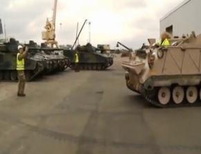 Сотні танків і бронемашин НАТО перекинуті до кордонів Росії