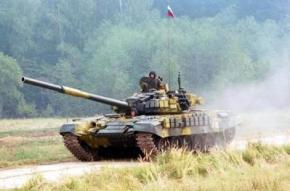 Из России, через украинскую границу, с боем прорвались две колонны с бронетехникой