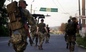 Терористи пішли в контратаку за підтримки путінської армії: обстрілюють