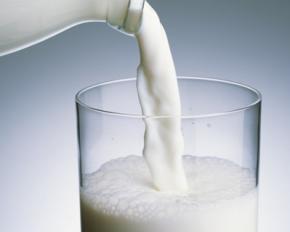 В Украине обвалились цены на молоко