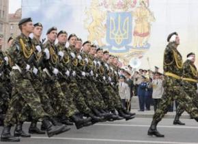 В Україні відновлюють строкову службу в армії з осені цього року