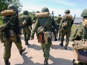 В Росії військових запасу збирають на навчання