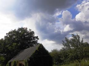 Прогноз погоди в Україні на 13 серпня: дощі на заході і півночі