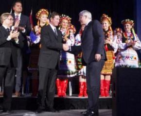 Легенда світового хокею Вейн Грецкі підтримав Україну в боротьбі проти Росії
