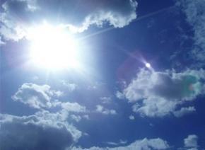 Сегодня в Украине тепло и сухо, лишь на востоке местами пройдут дожди