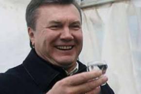 Янукович ушел в запой?