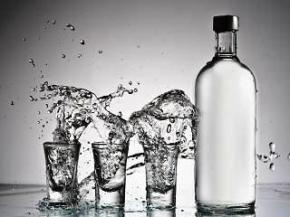 В Украине могут запретить скрытую рекламу алкоголя