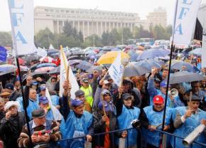 В Бухаресте прошел марш за присоединение Молдовы к Румынии