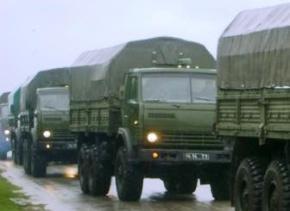 Росія продовжує перекидати на Донбас війська і техніку наступального характеру, - РНБО