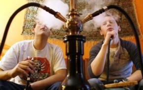 Куріння кальяну загрожує лейкемією - вчені