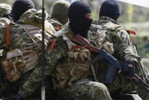 Боевикам на Донбассе завезли новейшие российские автоматы Калашникова (АК-74)