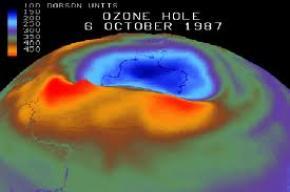 Озоновая дыра над Антарктидой достигла огромных размеров