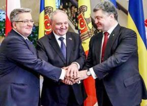 Украина не свернет с пути в ЕС, несмотря на конфликт в Донбассе - Президент