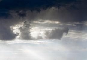 Українців очікує холод, дощ і сильні вітри