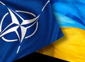 Украинцы хотят безопасности: осталось всего 20% граждан, выступающих против вступления в НАТО, - опрос