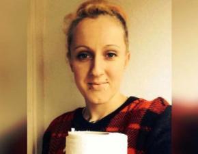 Британка кожен день з'їдає рулон туалетного паперу