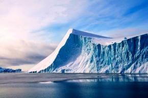 До кінця XXI століття влітку Арктичний лід буде повністю зникати