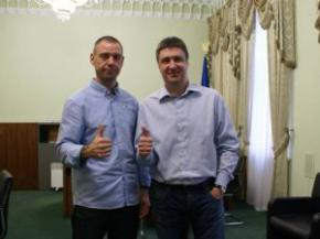 Михалок и его продюсер переезжают в Украину на ПМЖ