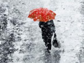Сегодня по всей Украине объявили штормовое предупреждение