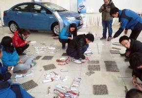 Китаец принес 150 килограмм монет, чтобы сделать взнос за автомобиль
