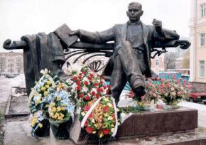 110 років тому народився Улас Самчук