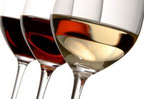 Алкоголь в Украине подорожает почти вдвое