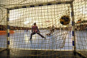 Лукашенко організовує гандбольні матчі між Україною та Росією